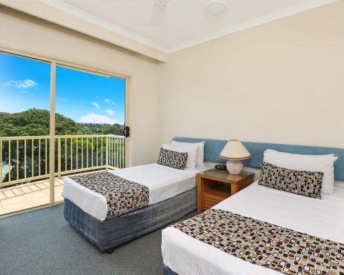 room-22-alexandra-headland-accommodation-10