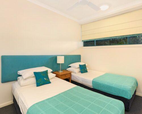 room-25-alexandra-headland-accommodation-3