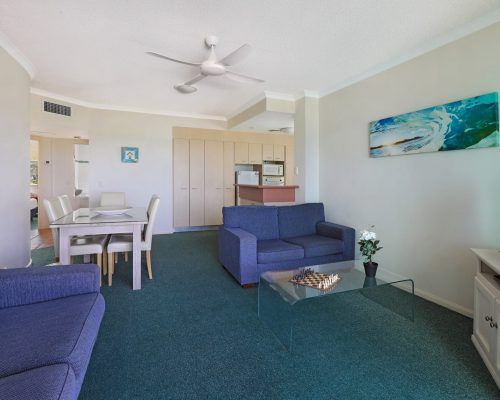 room-27-alexandra-headland-accommodation-4