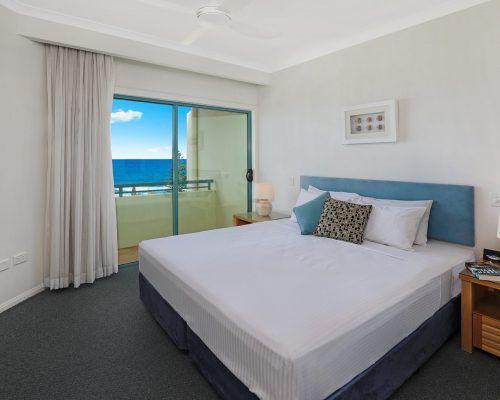 room-38-alexandra-headland-accommodation-4