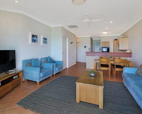 room-38-alexandra-headland-accommodation-9
